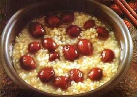 胡桃姜汁红枣粥
