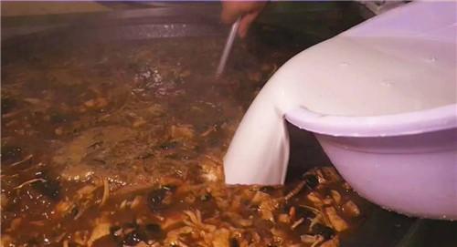 熬胡辣汤用什么锅最好